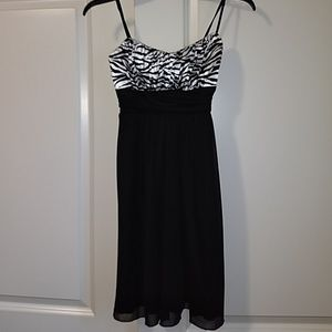 Ruby Rox Flowy Spaghetti-Strap Dress - Size small